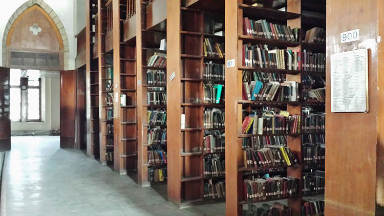 The Liaquat National Library houses almost 70,000 books
