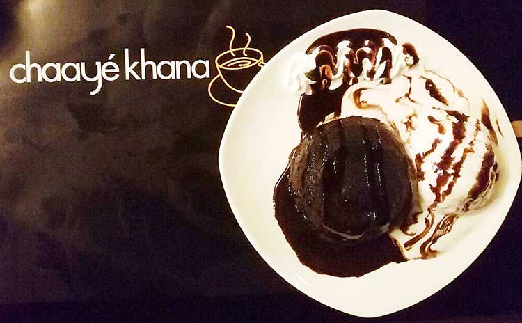 Molten Lava with ice cream at Chaaye Khan Peshawar