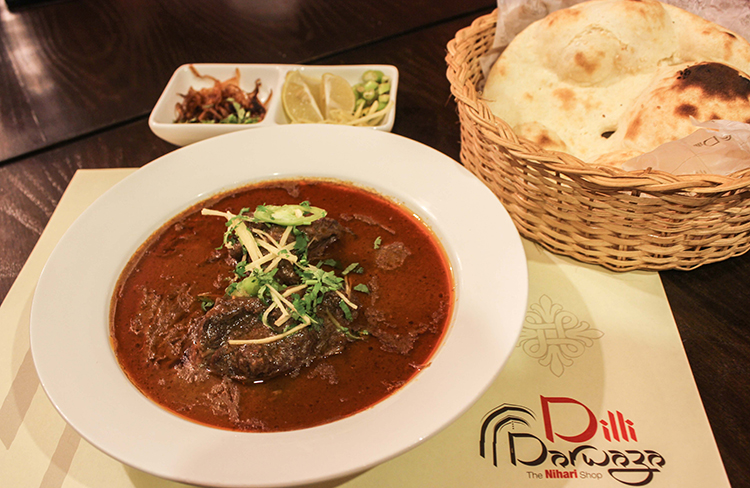 A plate full of heaven (photo: Mian Ali Humayun) - Dilli Darwaza Restaurant Islamabad