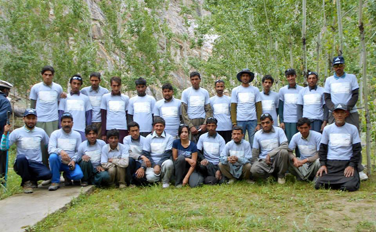 The 'Sustain Baltoro 2015 Cleanup Expedition' team