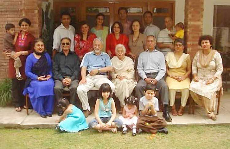 Humyra Saiyid: the passing of a cultural icon - The matriarch, islamabad 2008