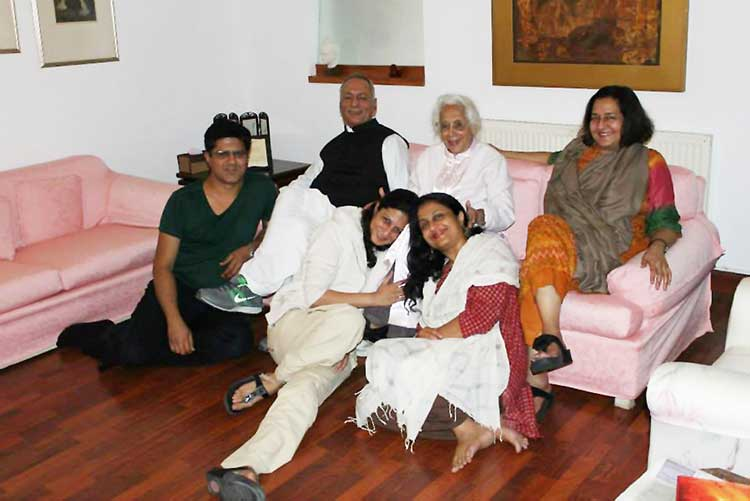 Humyra Saiyid: the passing of a cultural icon - Humyra with son Aamer's family, wife Ameena, Omayr, Sheherbano and Shayma