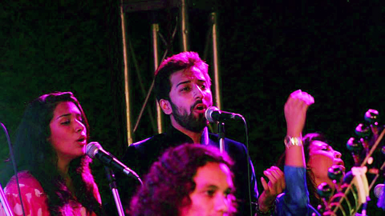 Backing vocalists Nimra Rafique, Quaid Ahmed and Natasha Baig