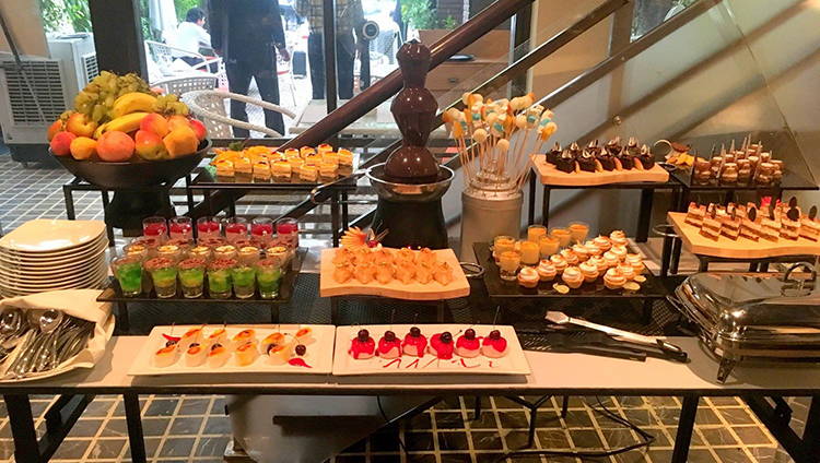 Desserts on offer at the Street 1 Cafe iftar buffet - Street 1 Cafe Iftari