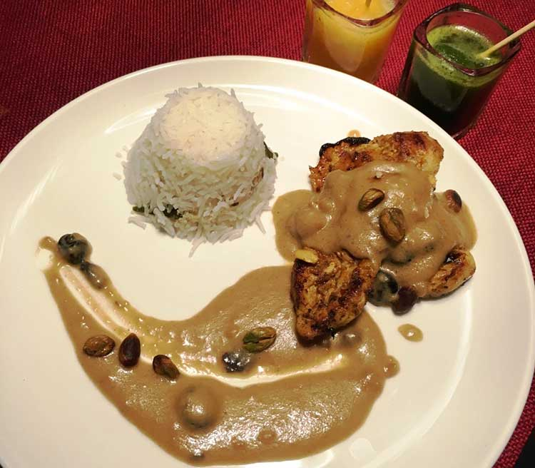 The East End Restaurant Karachi: Chicken with Peanut Sauce and Coconut Rice