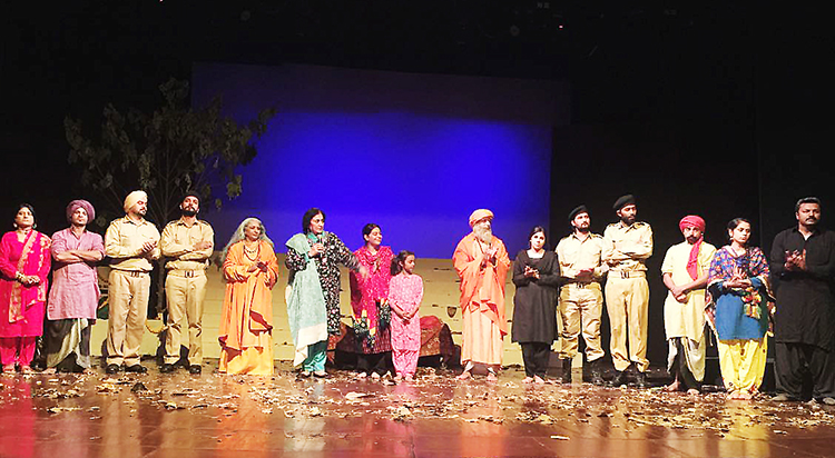Theatre Dukh Darya by Ajoka at PNCA