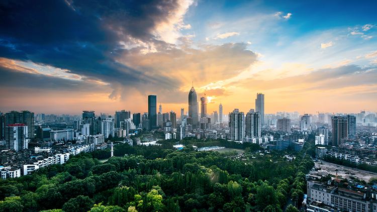 Wuhan City in Hubei, China - Wuhan: The Political, Economic and Cultural Center of Hubei Province
