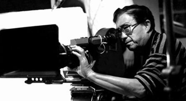 Film director Xie Jin in action - Xie Jin: The Film Master of Contemporary China