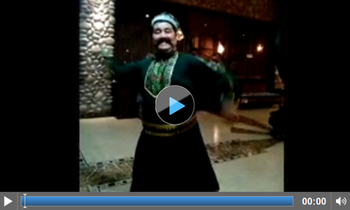 Traditional entertainment at the Mairaj Restaurant in Urumqi II