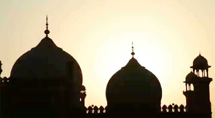Badshahi Mosque - Documentary on Androon Lahore by Nageen Hayat