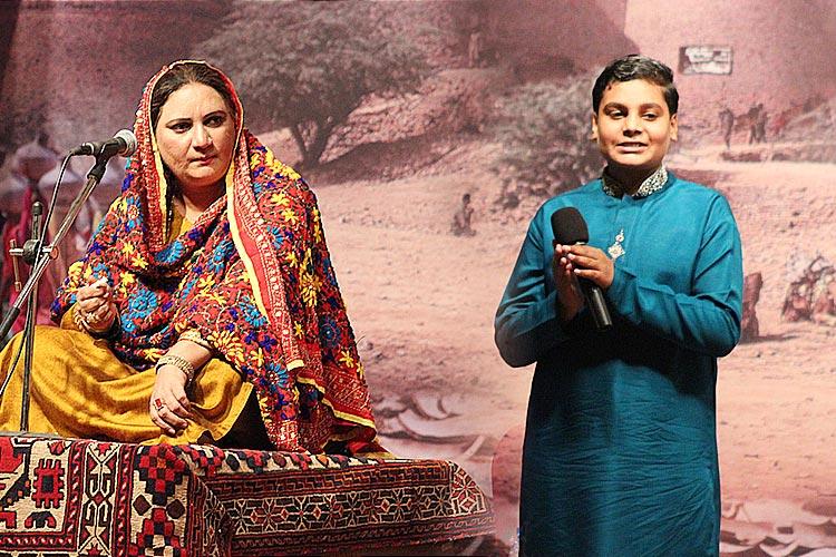 (L) Rubi Reshma, niece of Reshma and (R) Subhan, grandson of Reshma - Bali Jatti Rooftop Theatre, Lok Virsa Islamabad