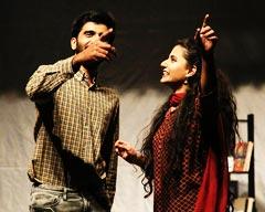 Bol Kay Lubb Azad Hain Teray by Chota Mota Theatre