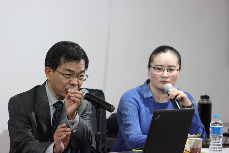 Professor Qin during the seminar