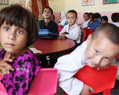 CSS学校:给流浪街头的孩子们带来希望