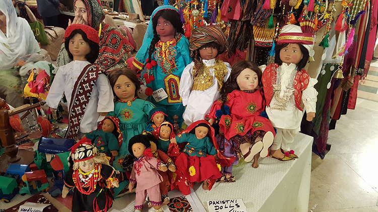 'Thatta Kedona' (village toys of Pakistan) at Daachi Arts and Crafts Exhibition - Daachi Arts and Crafts Exhibition 2016 in Lahore