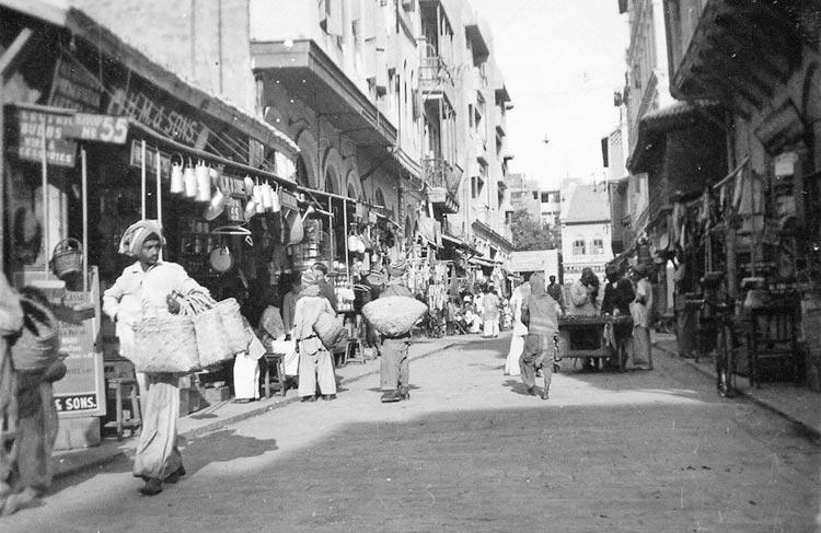 Saddar Bazaar Karachi in the early 1940s - Evolution of Saddar Bazaar Karachi