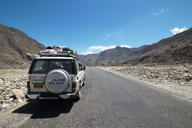 Heading out into the mountains of Balochistan - Find My Adventure: The New Players of LUMS in the Pakistani Tourism Industry