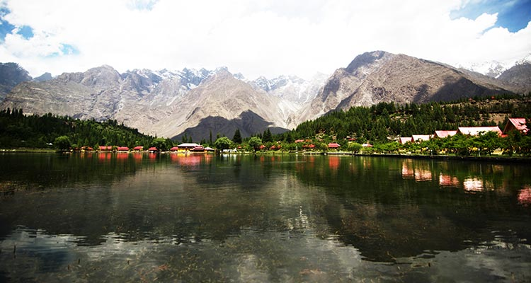 Hunza Valley - Find My Adventure: The New Players of LUMS in the Pakistani Tourism Industry