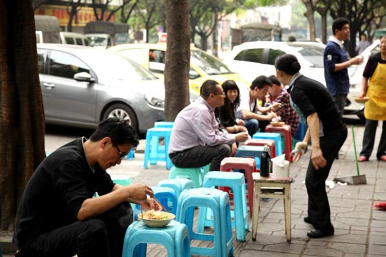 Street-side noodle restaurant in Chongqing - Food of Chongqing city, China