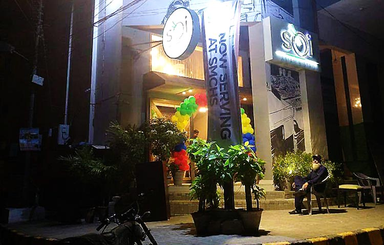 Soi Exterior (source: Humera Fatima) - Food Review: Soi Asian Bistro, Karachi