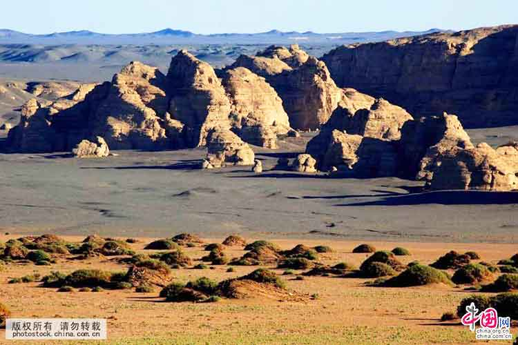 Yandan landform in Hami City (source: Tianshannet) - Hami the East Gate of Xinjiang