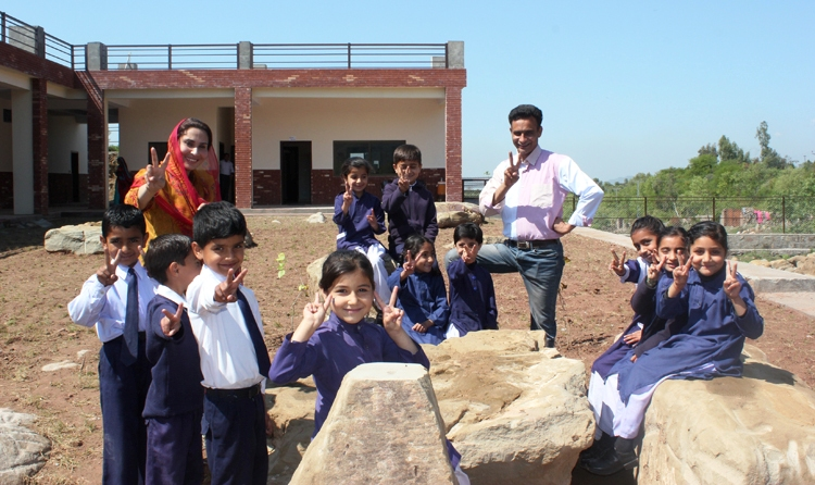 Raja and Sadia Qaiser with their students - House of Light