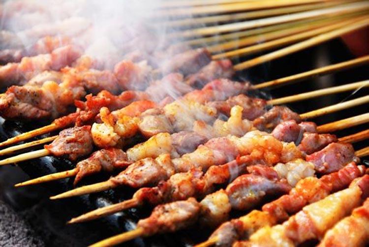 Xinjiang Kebabs (Source: ChinaXinjiang) - International Cuisine in Urumqi