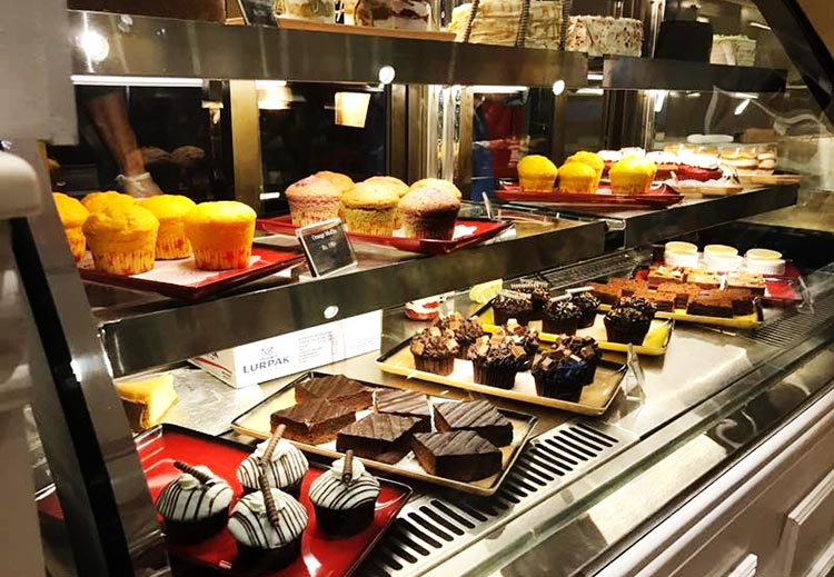 Jade Cafe by ChinaTown, Islamabad - An array of delectable desserts