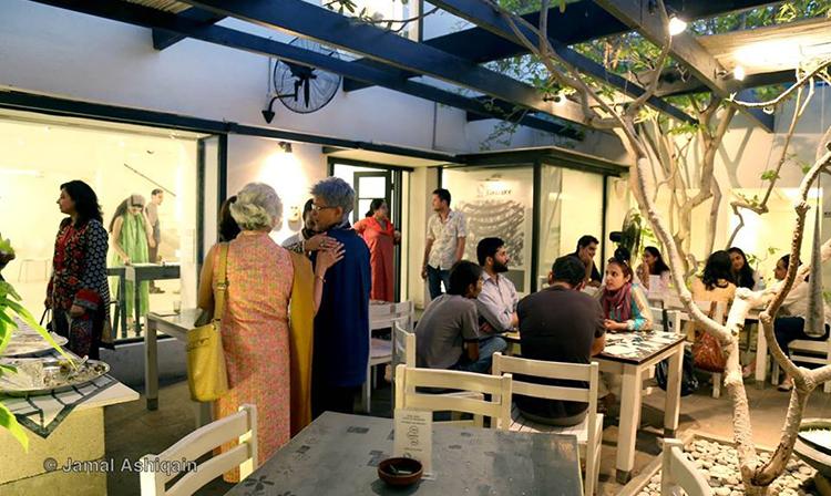 科尔咖啡厅:一个既可以享受美食又可以欣赏艺术的宁静场所