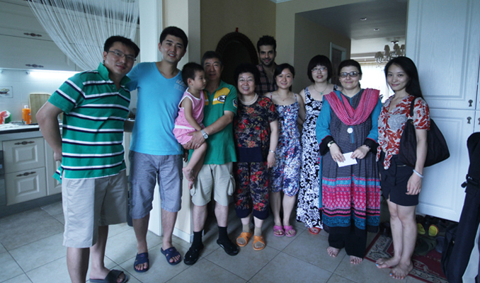 Saadia Haseeb (The Producer) and Adnan Malik (The Host) visiting a Chinese family in Beijing - MAKING OF 'JOURNEY OF FRIENDSHIP'
