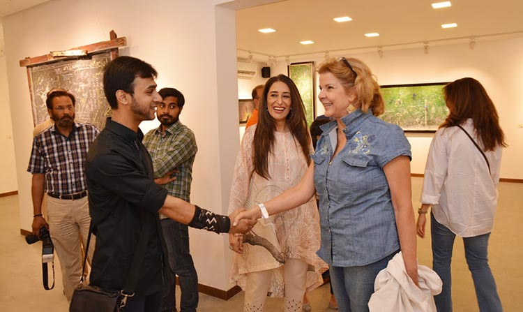 (L-R) Artist Mohsin Shaikh, Gallery Director Noshi Qadir and Cristina Afridi - Manuscription by Mohsin Shaikh at Tanzara Art Gallery