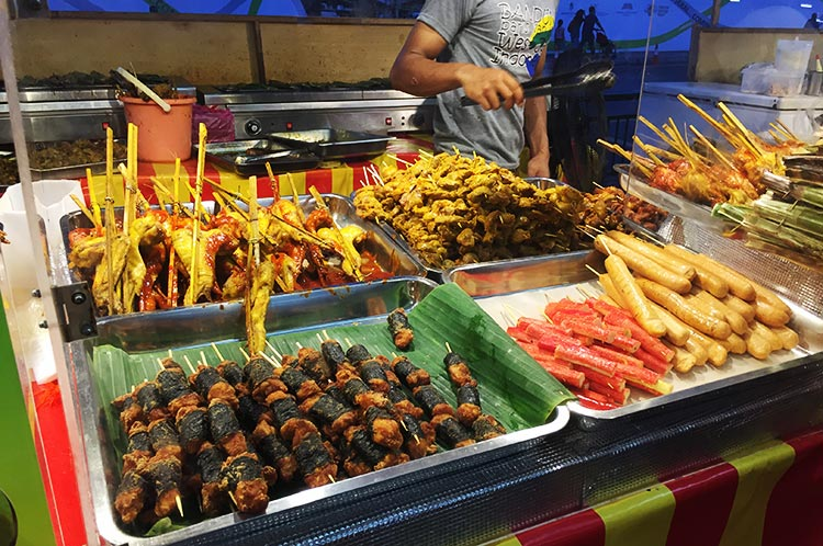 Local Malay delicacies at Bazaar Ramadan - Multi-Ethnic Singapore