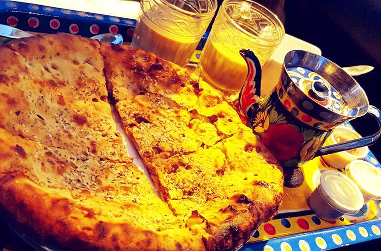 Chicken-Cheese Naan & tea - Naan Stop, F-10 Markaz, Islamabad