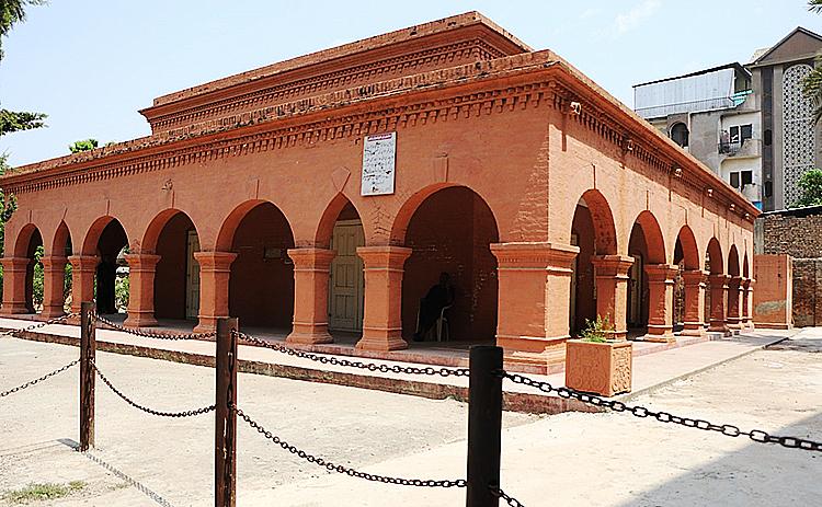 Parsi Cemetery Rawalpindi - Parsi Cemetery in Rawalpindi