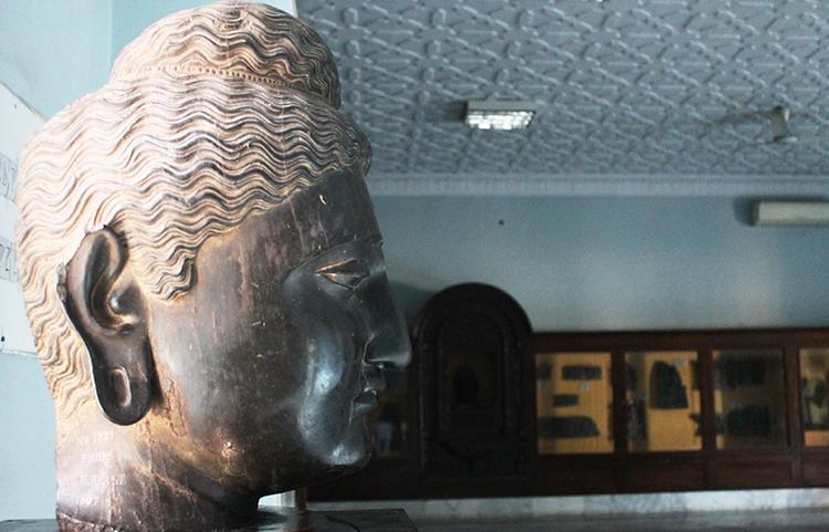 访问白沙瓦博物馆
