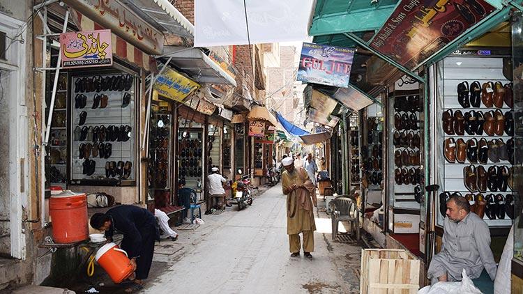 Jahangirpura, Peshawar - Peshawari Chappal of Jahangirpura Bazaar, Peshawar