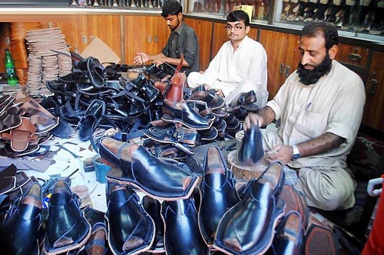 Peshawari Chappal of Jahangirpura Bazaar, Peshawar