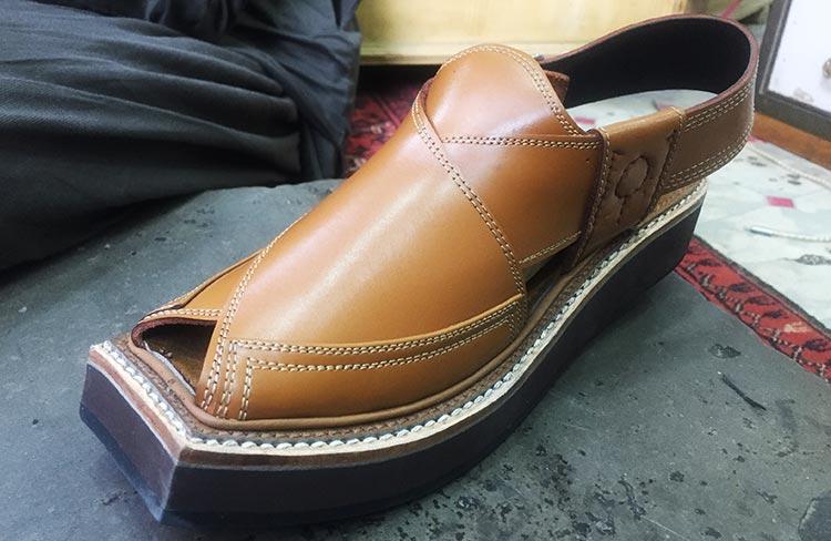 'Kaptaan Chappal', worn by Imran Khan - Peshawari Chappal of Jahangirpura Bazaar, Peshawar