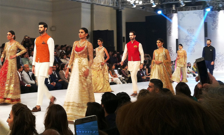 ba1a9ba19 PFDC L Oreal Bridal Week in Lahore - Youlin Magazine