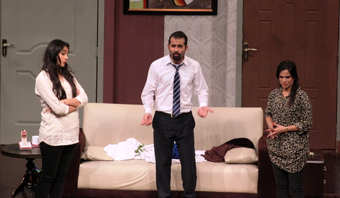 Faisal Mirza and his two wives - Play 'You Only Marry Twice' by Shah Sharahbeel in Islamabad