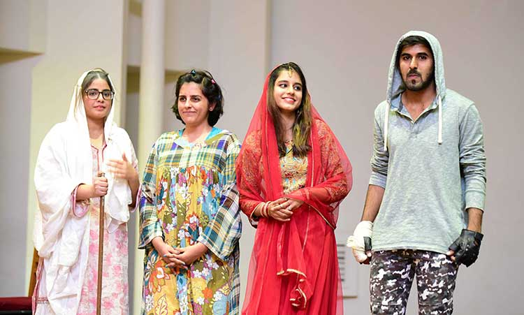 Team 'Banjara' at IBA Karachi - Sargoshiyan at IBA Karachi