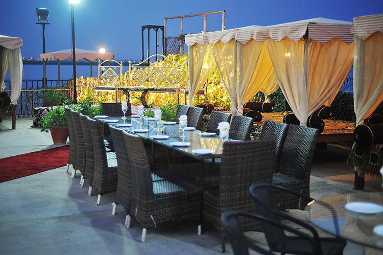Savor boating and restaurant karachi youlin magazine