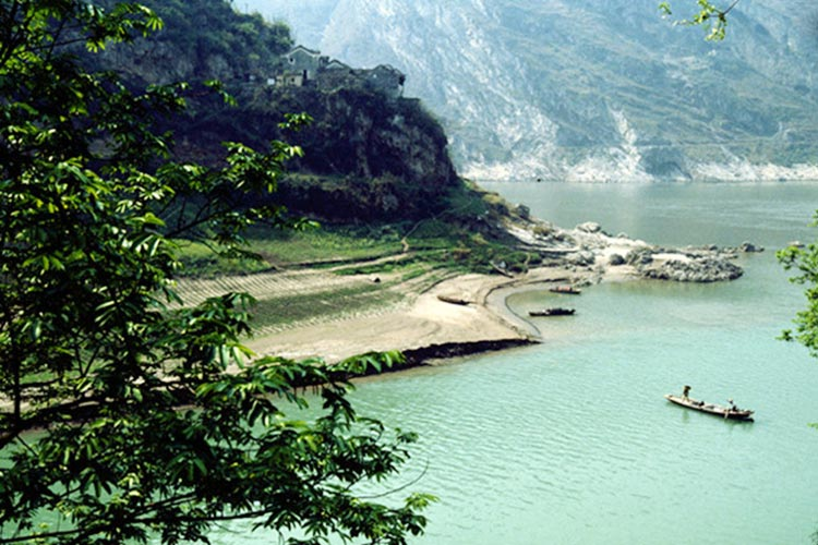 Xiangxi River - Shennongjia: Land of Colours