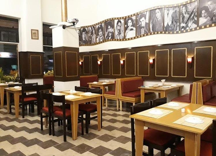 明星俱乐部:卡拉奇欢迎它的第一家电影主题咖啡馆