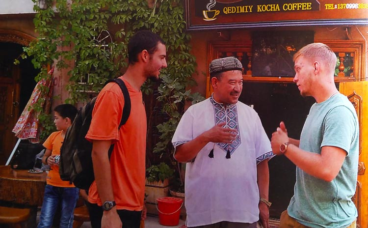 Abdumijit talking to foreigners