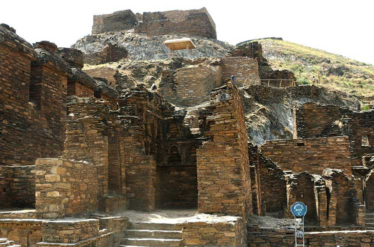 Takht-i-Bahi monastery - Takht-i-Bahi, an Icon of the Ancient Buddhist Civilization