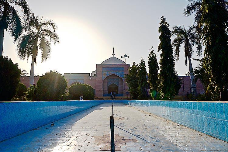 Shah Jahan Mosque, Thatta - Tales from Thatta: Shah Jahan Mosque