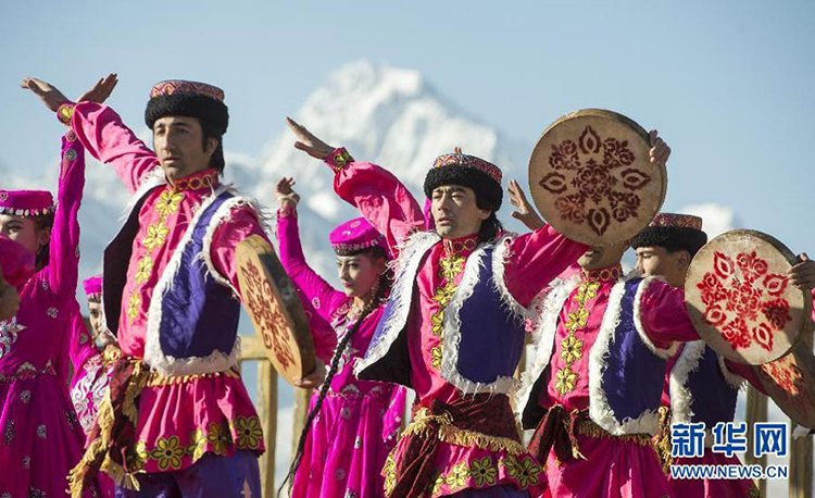 Tajiks in Xinjiang celebrate the coming of spring - The Tajiks of Xinjiang