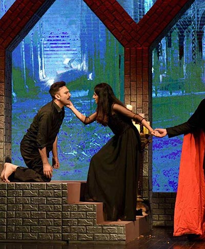 Theatre Review: 'Dracula' by Happy Owl Productions - Youlin