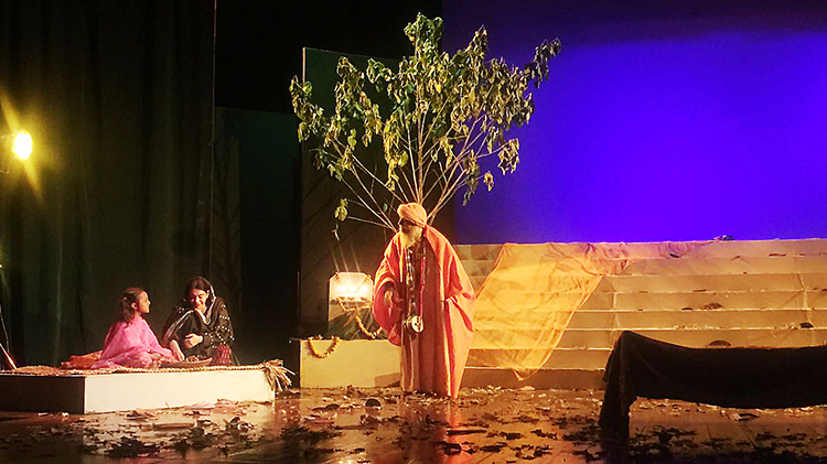 Jogi Mukhtar Nath with Kausar and her daughter in 'Dukh Darya' - Theatre 'Dukh Darya' by Ajoka at PNCA